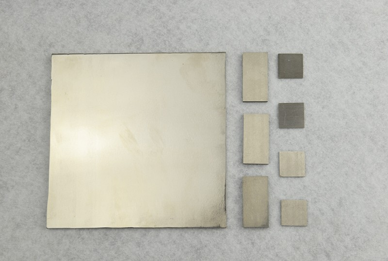 Zirconium based amorphous alloy